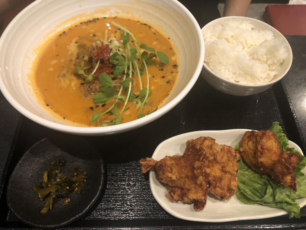 トマト坦々麺唐揚げセット